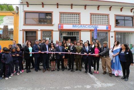 Gobierno inaugura nueva oficina de extranjer a para for Oficinas de extranjeria